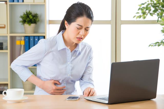 ストレスや疲労がたまると、胃は敏感になる/胃の不調