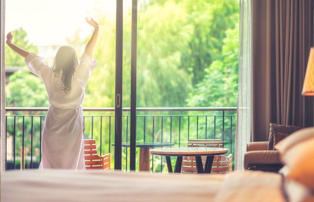まずは「覚醒スイッチ」をオン! 睡眠の専門家が教える「目覚めから心がけてほしい3つのこと」