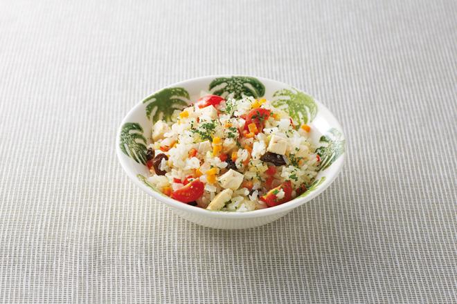 大人気!サラダチキン(4)おいしく活用レシピ 「ピラフ」「スパゲッティ・トマトソース」