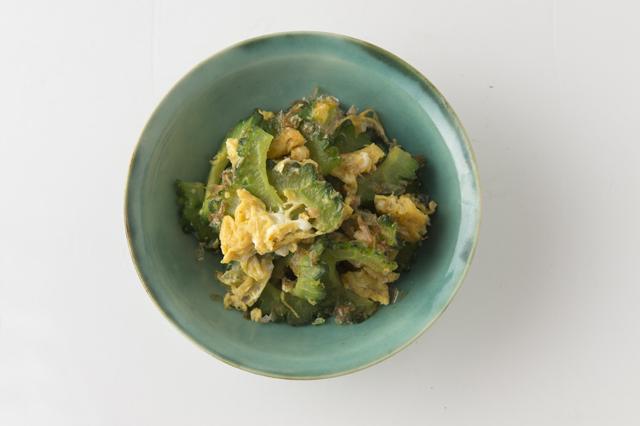 ビタミンCたっぷり。「ゴーヤーの卵炒め」/奥薗流! 旬野菜を使ったスピード小鉢(1)