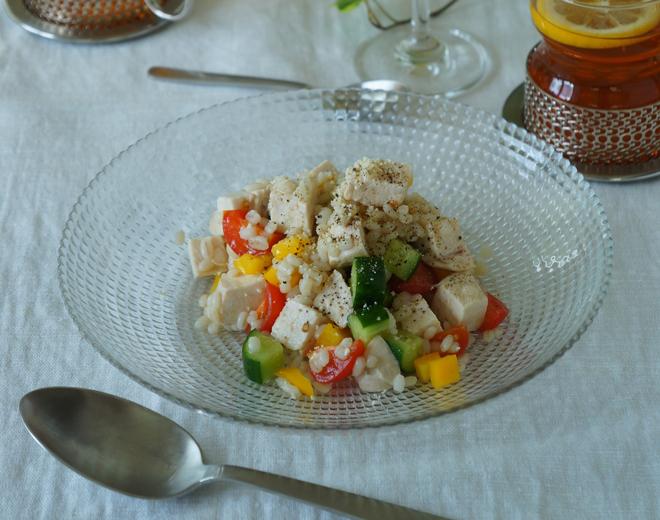 低カロリーで低コスト! サラダチキン&もち麦でヘルシーワンプレートを【作ってみた】/モモ母さん