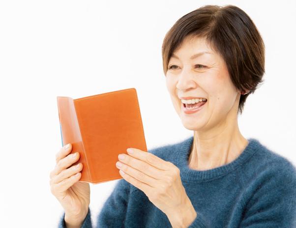あなたの「声・のど・肺」は何歳? 声の老化を防ぐ「音読習慣」3つのメリット