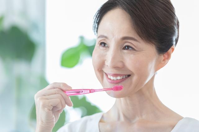歯科医師が注意喚起! 人生の質を決める「オーラルフレイル」ご存じですか?