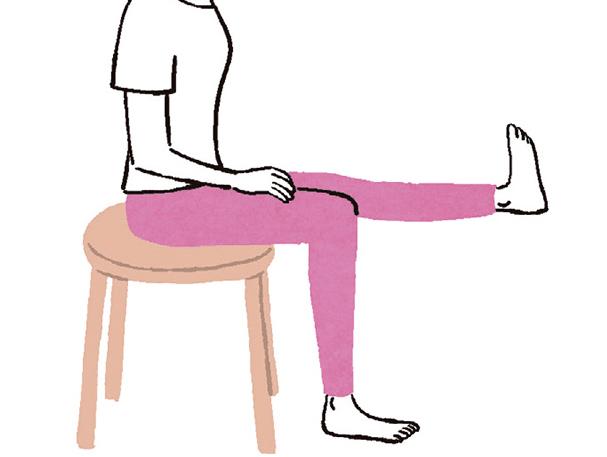 ぽっこりおなかの改善につながる新習慣! 「座るついで」と「持ってるつもり」体操でいつでも筋力アップ