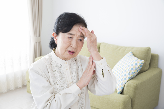 なぜかイライラ、眠れない...ちょっとした違和感は「脳の老化」のせいかも?