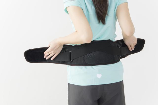 間違えると筋力が低下することも!コルセットの正しい使い方/ぎっくり腰(11)