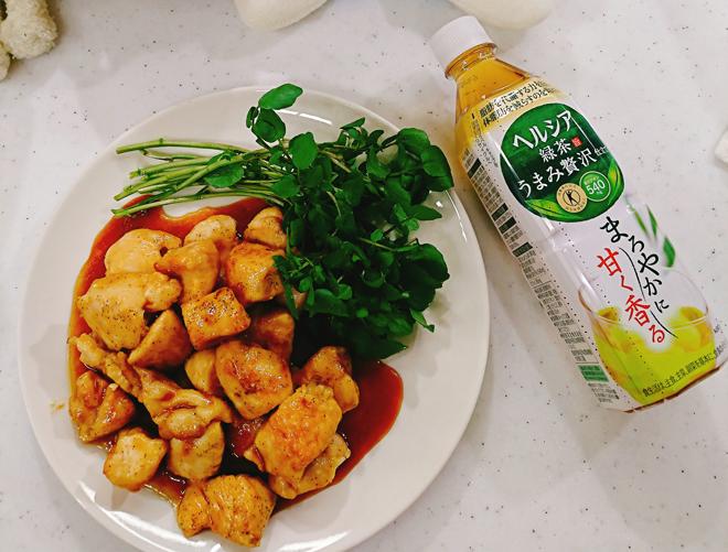 「手作りしょうが汁」を使って温活レシピ! 鶏の照り焼き&あったかドリンクを作ってみた