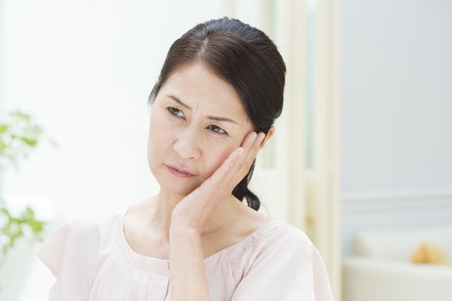 ネガティブ思考だと...更年期の症状が重く出やすいの!? 更年期治療で大切な「心のケア」とは