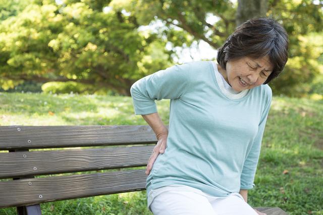 この痛み、坐骨神経痛かもと思ったら。チェックシートで病気の種類を確認