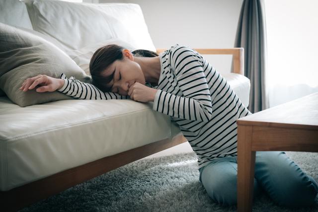 頭痛、めまい、吐き気...。肩こりがひどくなると、なぜ「多くの不調」に襲われるの?