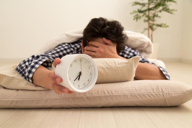 溜まりに溜まった「睡眠負債」。賢く上手な返済プランはこれだ!