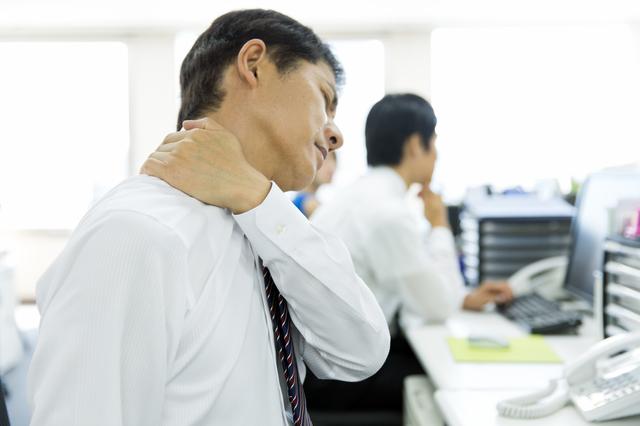 「押したりもんだり」はNG! 首のこりや突っ張り、違和感は筋肉を緩めて整える/首こり(5)