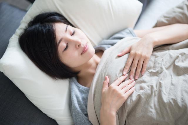 寝つきが悪いときはどうすれば...? 名医に聞いた「安眠のための3つのギモン」