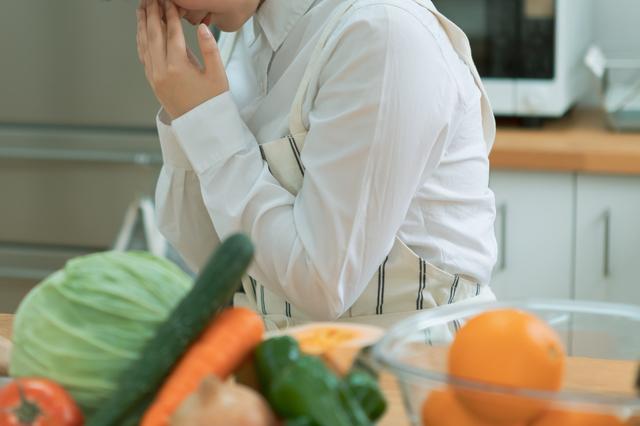 料理の作り方がわからない、注意力がない...「糖尿病性認知症」とは?