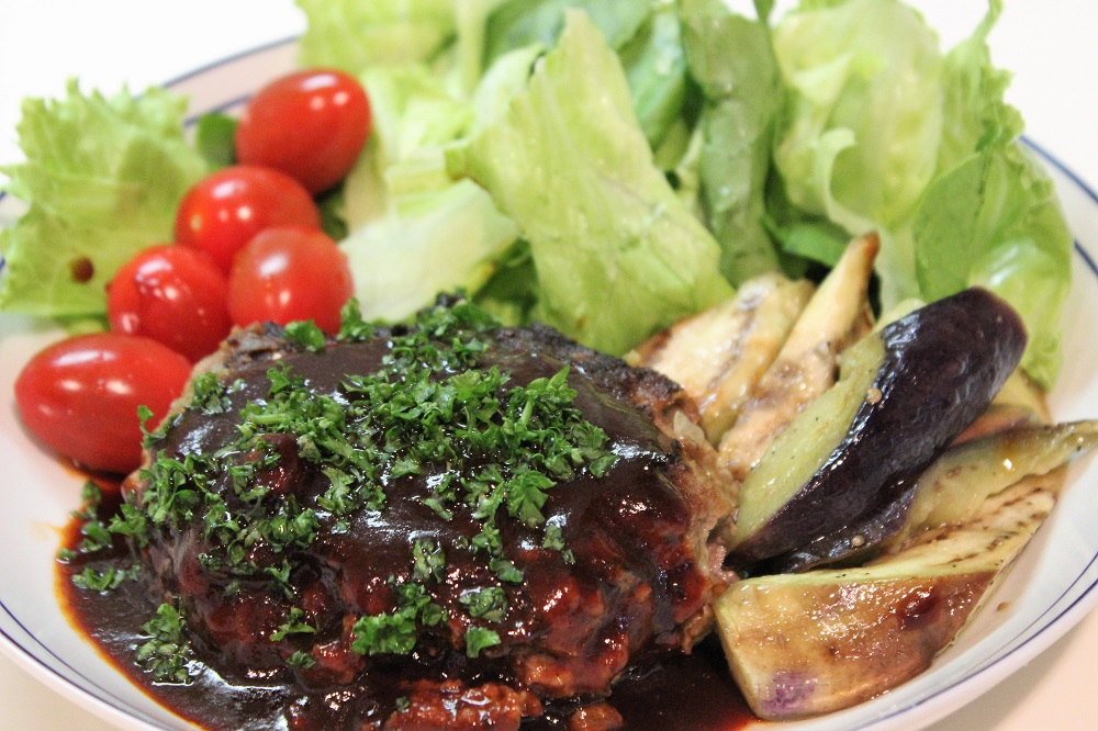 驚きのプロ仕様!肉汁ジュワッの「なすバーグ」レシピ