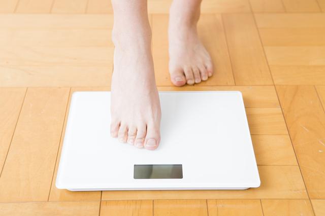 基礎代謝の落ちる40代。ダイエットのカギは「断糖」と「運動」にあった!/糖質制限2.0