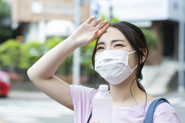 「夏場のマスク」でリスクは...? 医師に聞いた「熱中症」が起こる仕組み