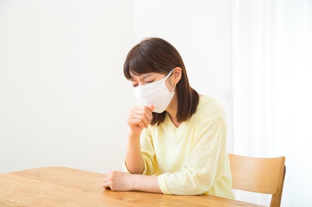 長引く咳や痰の放置は厳禁! 肺にも炎症が及び「肺炎」にも