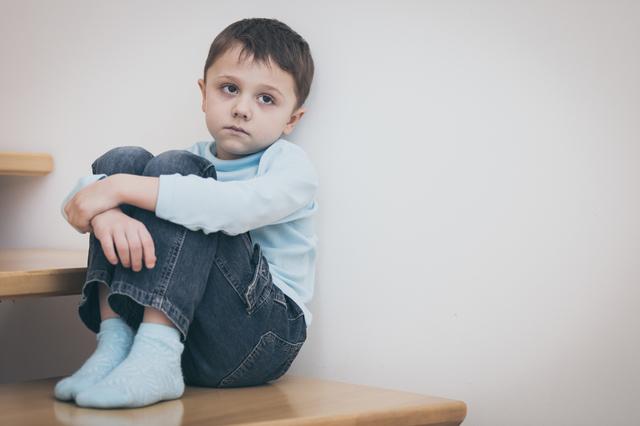ASDとは「自閉症スペクトラム障害」のこと。「スペクトラム」って何のこと?/大人の発達障害