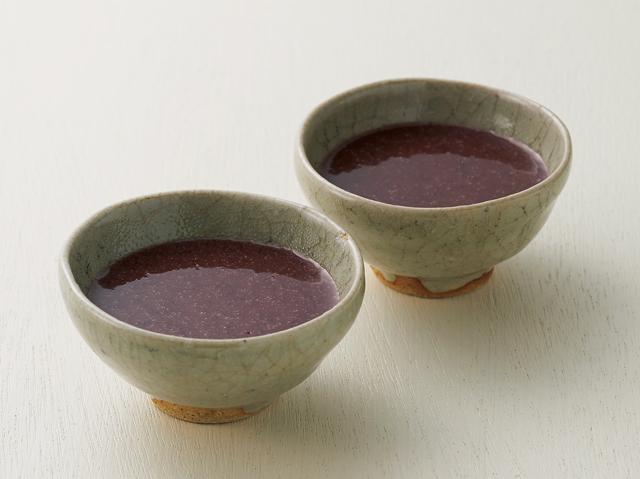 飲む点滴が黒豆でパワーアップ! 驚きの栄養を持つ「黒米甘酒」