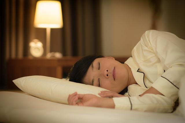 ノンレム睡眠もレム睡眠もどっちも大事! 快眠で記憶力・学習能力をアップ
