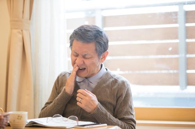 虫歯?誤嚥?酸蝕歯(さんしょくし)? 口と歯の健康度をセルフチェック/口と歯