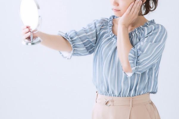 メイクすると...かゆい! 52歳主婦が更年期で化粧品ジプシーになってしまい...⁉/更年期「漢方」相談室(21)