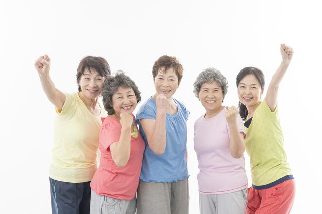 「健康寿命」と「平均寿命」の差はどんどん縮まる傾向に。健康寿命の延伸に必要なこととは?