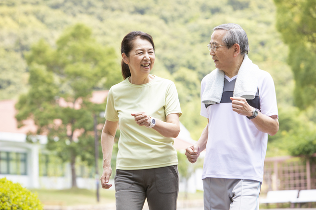 糖尿病や高血圧の改善にも!ゆったりした運動「スローステップ&スロージョギング」の効果