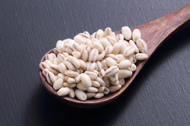 食物繊維が白米の25倍も! 注目の「もち麦」ってどんな食材?/もち麦ダイエット