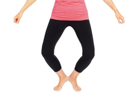 「かかと」がポイント!ラジオ体操「腕を振って脚を曲げ伸ばす運動」のやり方/医師が解説!ラジオ体操(12)
