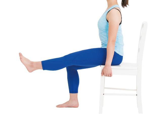 ひざを伸ばしてキックするだけ!「貯筋運動」で骨粗鬆症を予防/筋肉貯金
