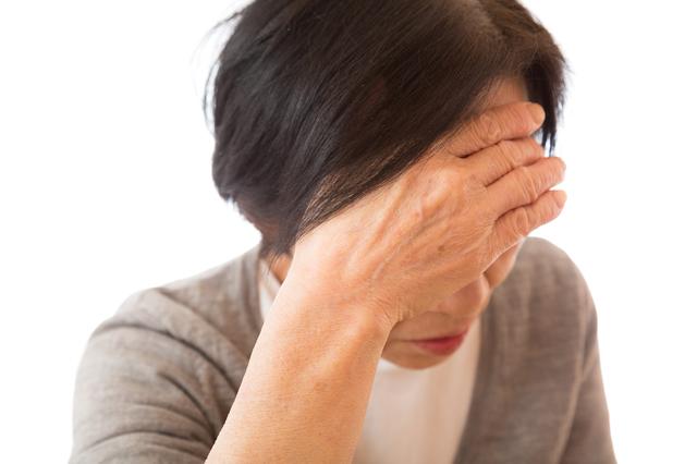 めまいや立ちくらみが頻繁に続くようなら治療を。「低血圧症」/やさしい家庭の医学