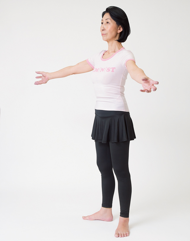 腕全体を動かして肩こりを防止する