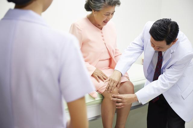 あなたのひざは大丈夫? ひざの痛み診断チャートでさっそくチェック