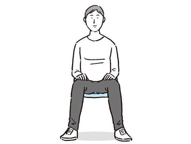 疲れる座り方は痛みを誘発する可能性も。疲れない座り方、4つのポイント/疲れないカラダ大図鑑