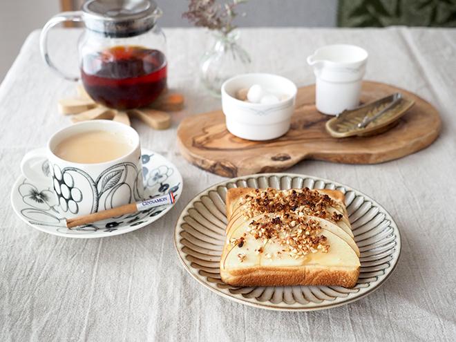 アーモンドバターでカリッ♪と香ばしいりんごトーストを【作ってみた】/joli!joli!