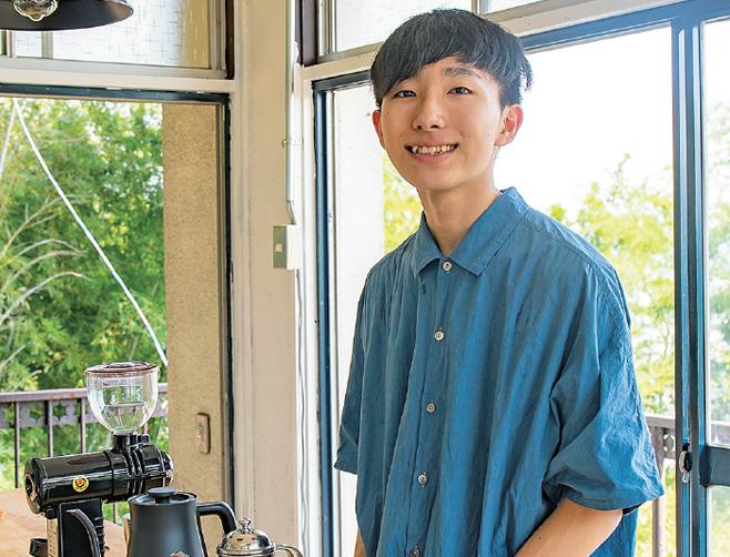 16歳の焙煎士、岩野 響さんが教えるおいしいコーヒーの入れ方