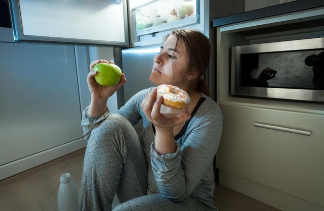 「つい食べ過ぎた...」でも、気にしないで。シンプルなルールを徹底すべし/最強の食べ方