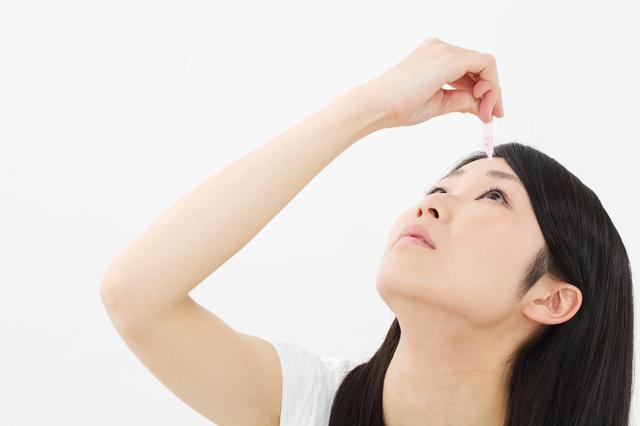 見た目の変化を日々チェック!「眼瞼下垂」と「目やに」/自分でケアする!疲れ目(3)