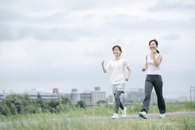 人は歩けるうちは死なない! 1日に6000歩は歩こう/9割の病気は自分で治せる!