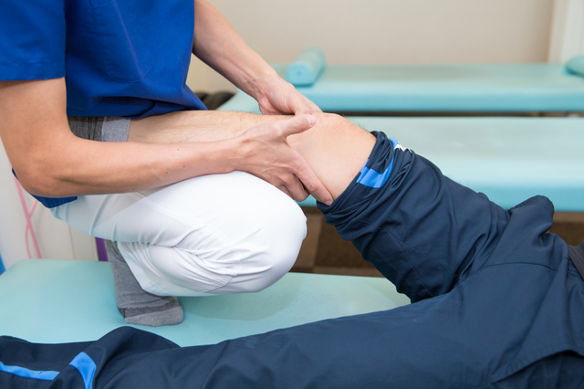 膝 関節 痛 ストレッチ