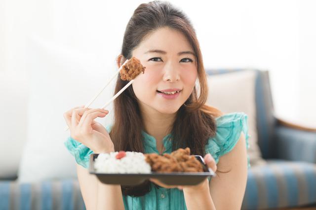 コンビニで弁当を買うなら○○厳禁!ダイエット女性に捧げる「買い物のやせルール」