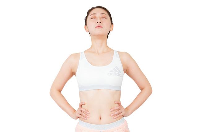 自律神経と腸内環境を同時に整えられる!小林弘幸さん考案の「長生き呼吸法」を公開