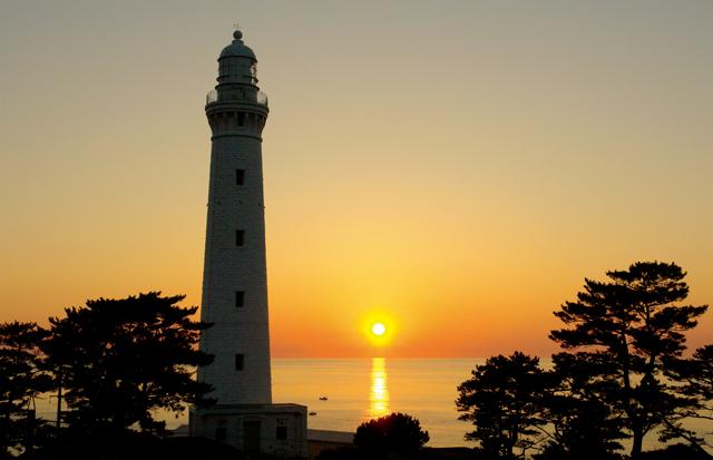 テニス・錦織圭選手ゆかりの灯台も。出雲の「日が沈む聖地」へ