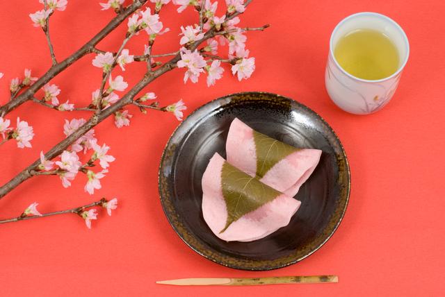 1分間英語でTokyo案内「東京と大阪の桜餅の違いは?」