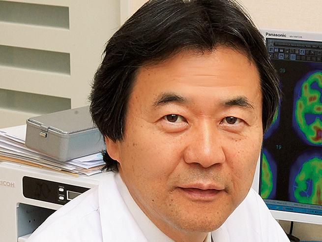 テーマは「人生100年時代の認知症予防」。朝田隆先生の講演に合計30名無料ご招待
