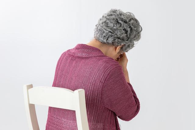 一人暮らしに慣れたものの、時折「孤独感」が襲って来ます。対処法はありますか?/岸見一郎「老後に備えない生き方」