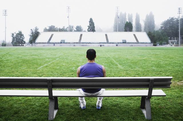 「頭が疲れる選手になりなさい」と言われた中学時代/遠藤保仁「一瞬で決断できる」シンプル思考(3)