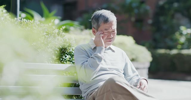 「夫が認知症と診断され20年分の記憶がなく、この先が不安です」/岸見一郎「老後に備えない生き方」